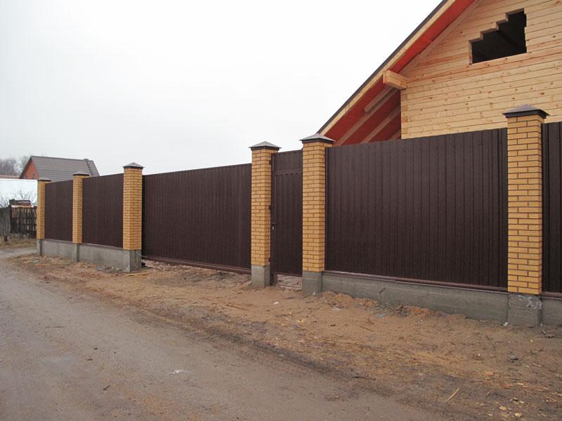 Заборы из профлиста, профнастила во Владивостоке Инвест Билдинг М